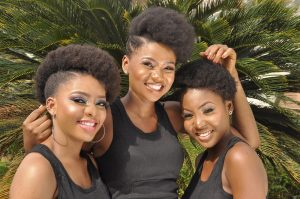 girls with healthy natural hair